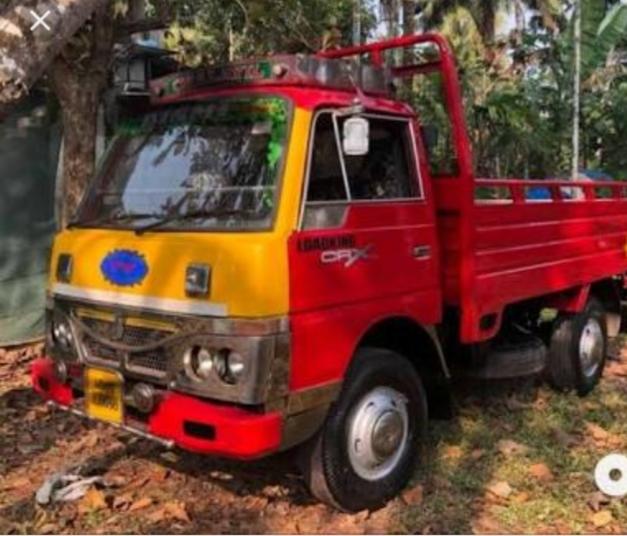 Ravi, GOODS VEHICLE(HEAVY),  service in Kakkodi, Kozhikode
