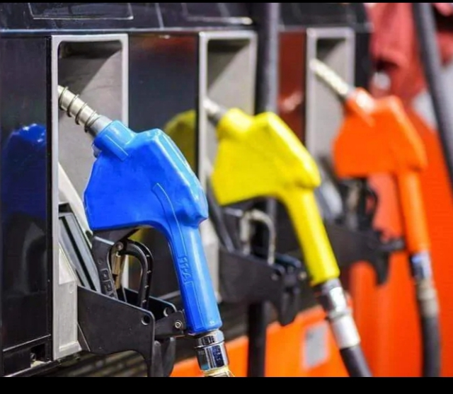 Pournami Fuels, PETROL PUMP,  service in Mallappally, Kottayam
