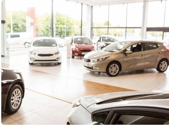 Evm Nissan & Datsun, CAR SHOWROOM,  service in Kareelakulangara, Alappuzha