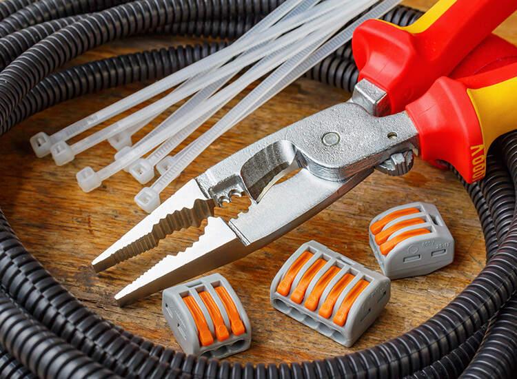 Hi Tech Electronic & Electricals, ELECTRONICS REPAIRING,  service in Pazhaveedu, Alappuzha