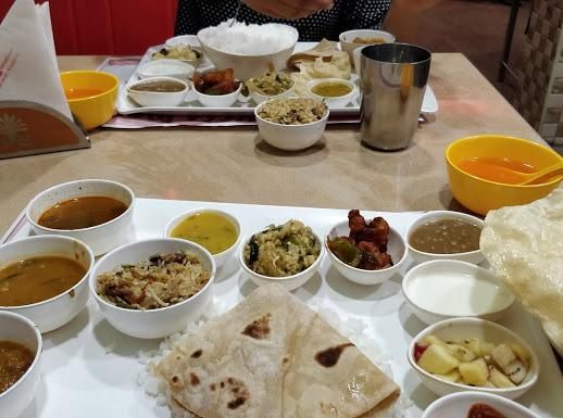 Hotel Aariyaas Grand, SOUTH INDIAN FOOD,  service in Kottayam, Kottayam