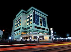 Hotel Indraprastha, 4 STAR HOTEL,  service in Kumaranalloor, Kottayam