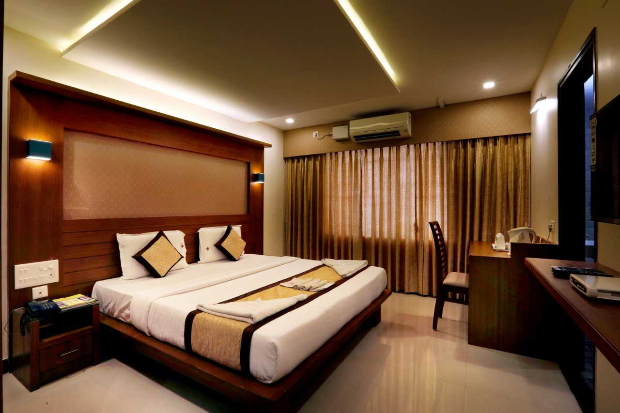 Grand Plaza Suites, 3 STAR HOTEL,  service in Kozhikode Town, Kozhikode