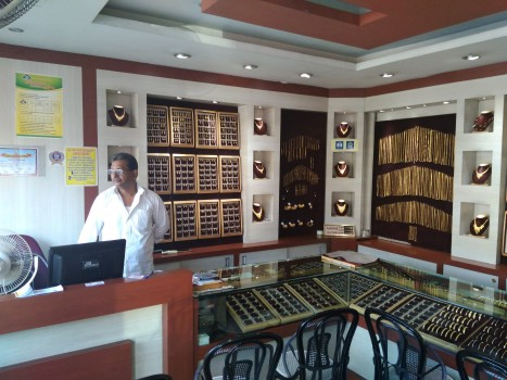 NAVARATHNA JWELLERS, JEWELLERY,  service in Thalassery, Kannur
