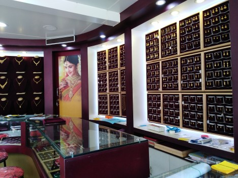 THEKKEKARA GOLD PALACE, JEWELLERY,  service in Kunnamkulam, Thrissur