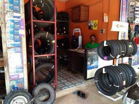 ABR TYRES, TYRE & PUNCTURE SHOP,  service in Nanminda, Kozhikode
